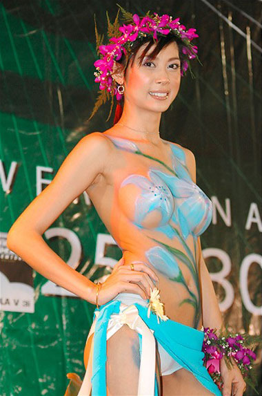 Jessica Gomes Sport Illustrated Body Painting
