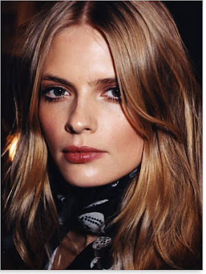 Layered hair style on fine hair. medium layered hairstyle