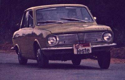 Corcel 1968, grade em formato V