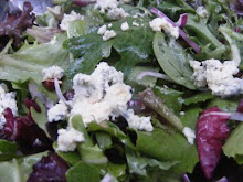 MIXED GREENS WITH BLUE CHEESE AND WALNUTS