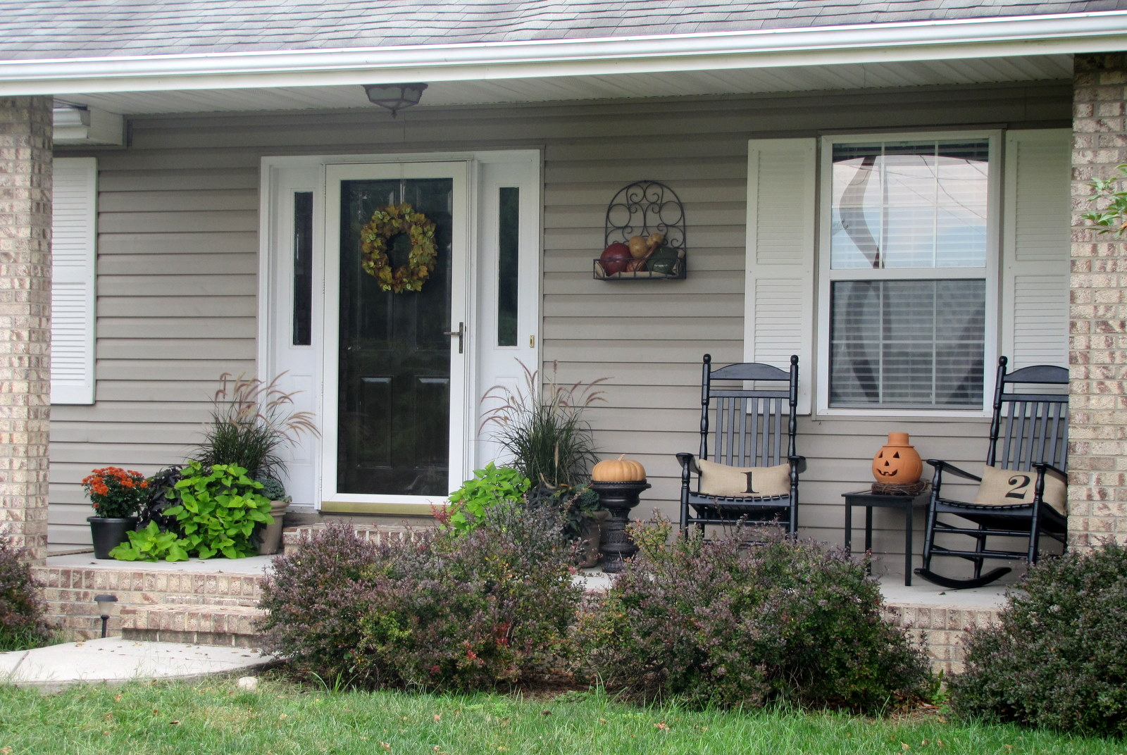 301 moved permanently for Front porch patio ideas