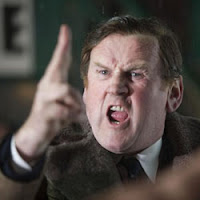 Colm Meaney é Don Revie