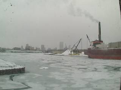 Live Video Milwaukee Inner Harbor via GLWI at UW Milwaukee