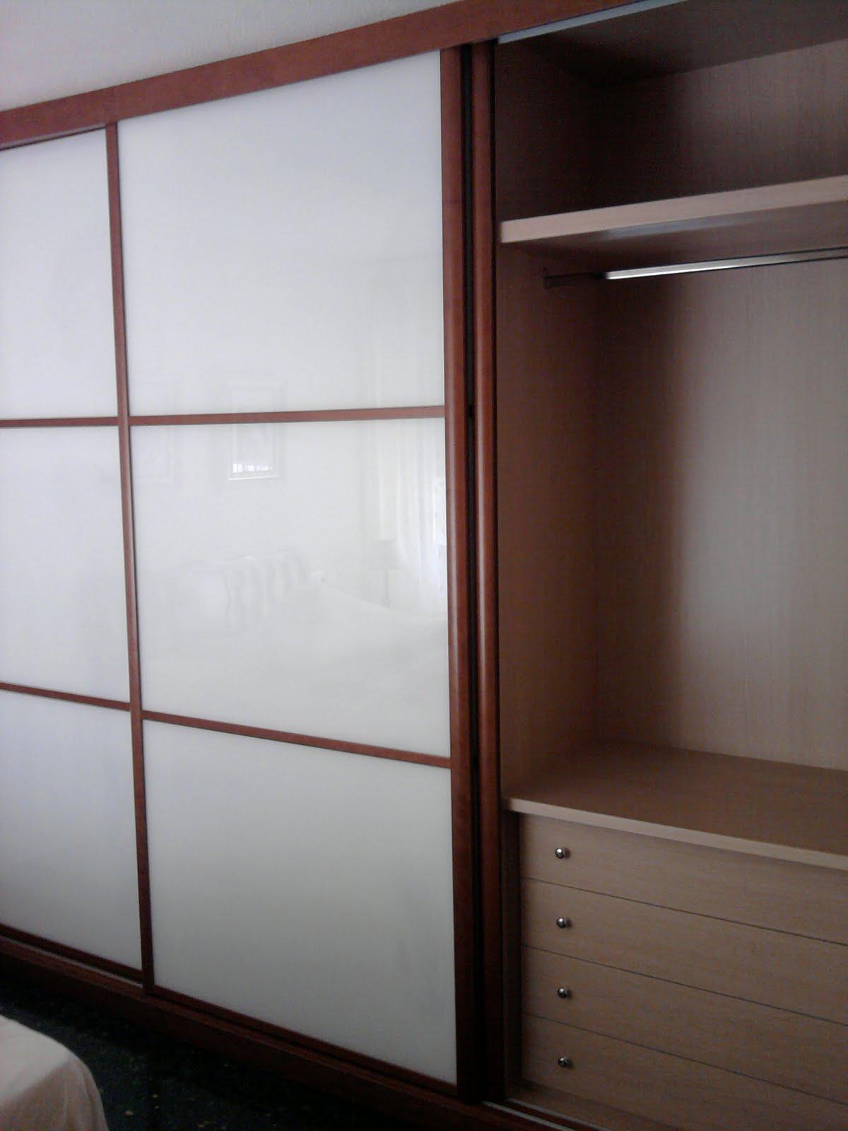 Decoraciones sahuquillo armario cerezo puertas correderas - Armarios de plastico para exteriores ...