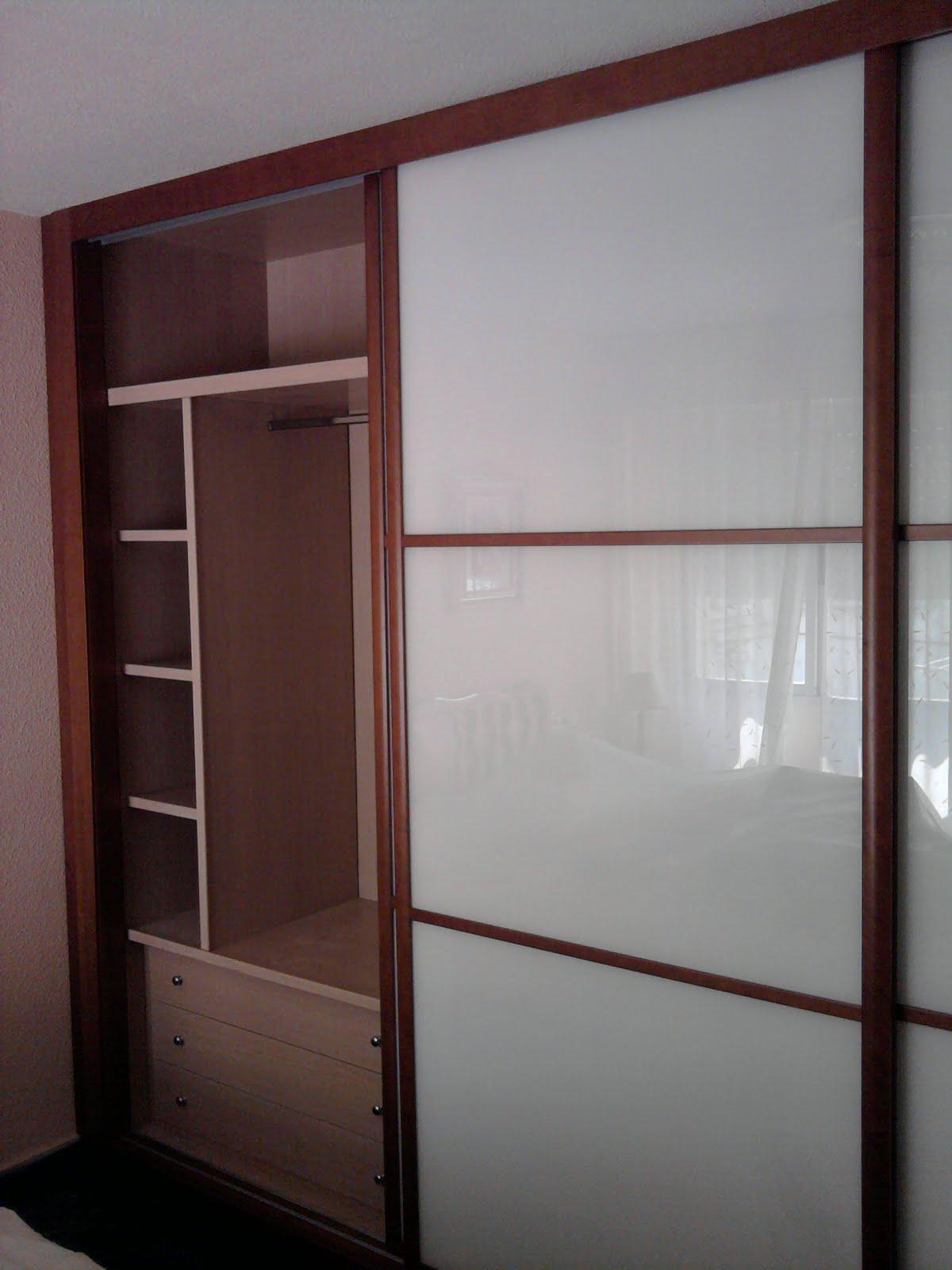 Decoraciones sahuquillo armario cerezo puertas correderas - Puertas para armarios ikea ...