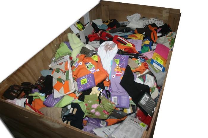 box de paires de chaussettes grossiste vetement grossiste de vetement vetement femme. Black Bedroom Furniture Sets. Home Design Ideas