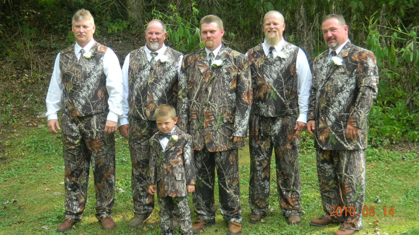 Whytneytravelstheworld August 14 A Redneck Wedding Day