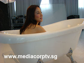 sexy fiona xie bathing - 08