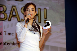 Fiona Xie at AMK Hub Opening - 13