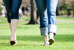 Examina la senda de tus pies, Y todos tus caminos sean rectos.