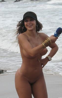 Mulher Samambaia Nua Em Entrevista Para O P Nico Na Tv Praia De