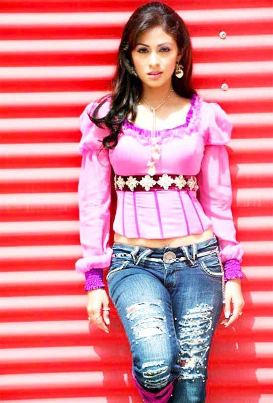 Film Actress Photos: Tamil Actress Sada Latest Hot Photos
