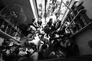 :: Vino & Vinile :: La domenica a Firenze presso LiberiaCafé La Cité ::