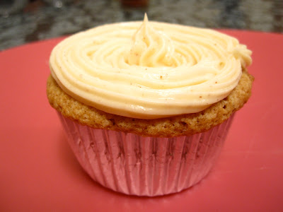 ... the Kitchen: Carrot Cake Cupcakes with Cinnamon Cream Cheese Frosting