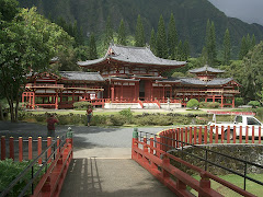 Valley of temples - Byodo-In Buddhist Temple Hawaii 2005. Oahu.