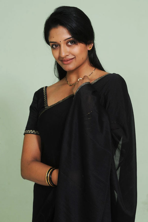 Vimala Raman - Wallpaper Hot