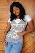 Anjali Most Cute Looking Stills Gallery-thumbnail-9