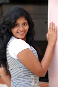 Anjali Most Cute Looking Stills Gallery-thumbnail-1