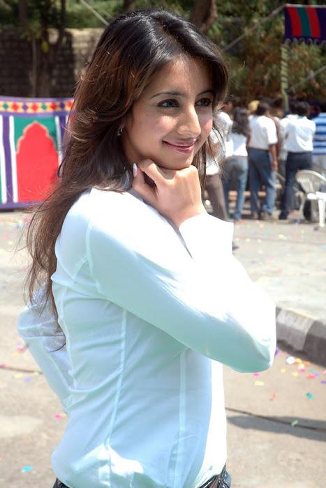 sanjana shoot hot photoshoot