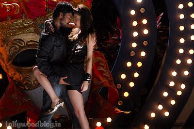 Snaha Ullal Latest Hot Romance Stills