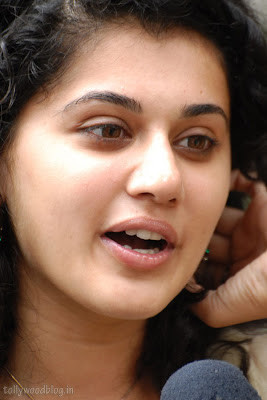 Jummandi Naadam Vastadu Naa Raju Heroine Taapsee latest cute looking face close up photo shoot pics images stills photos pictures galllery cleavage