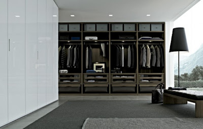 Modern-Closet-System-of-Senzafine-by-Poliform