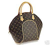 199b9055163 On nous dit que c est souvent facile de différencier un vrai sac à main Louis  Vuitton d un faux
