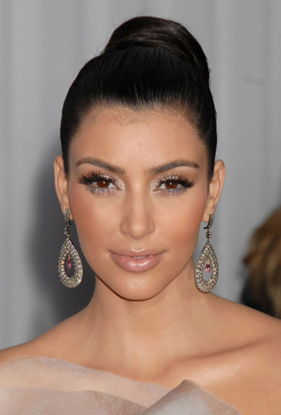 kim kardashian makeup looks. What inspires me with Kim is