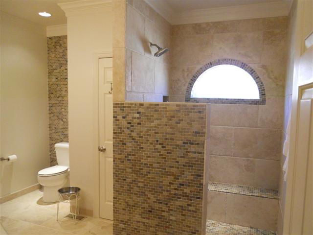 Glen hutchison inc showers w out doors for Master bathroom no door