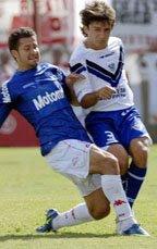 El venezolano César González en Huracán 3-0 Vélez