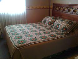 cubrecama crochet y telar 2 plazas + 2 fundas para almohadas (50x50)