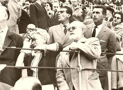 Hemingway, en una corrida de toros Valenciana