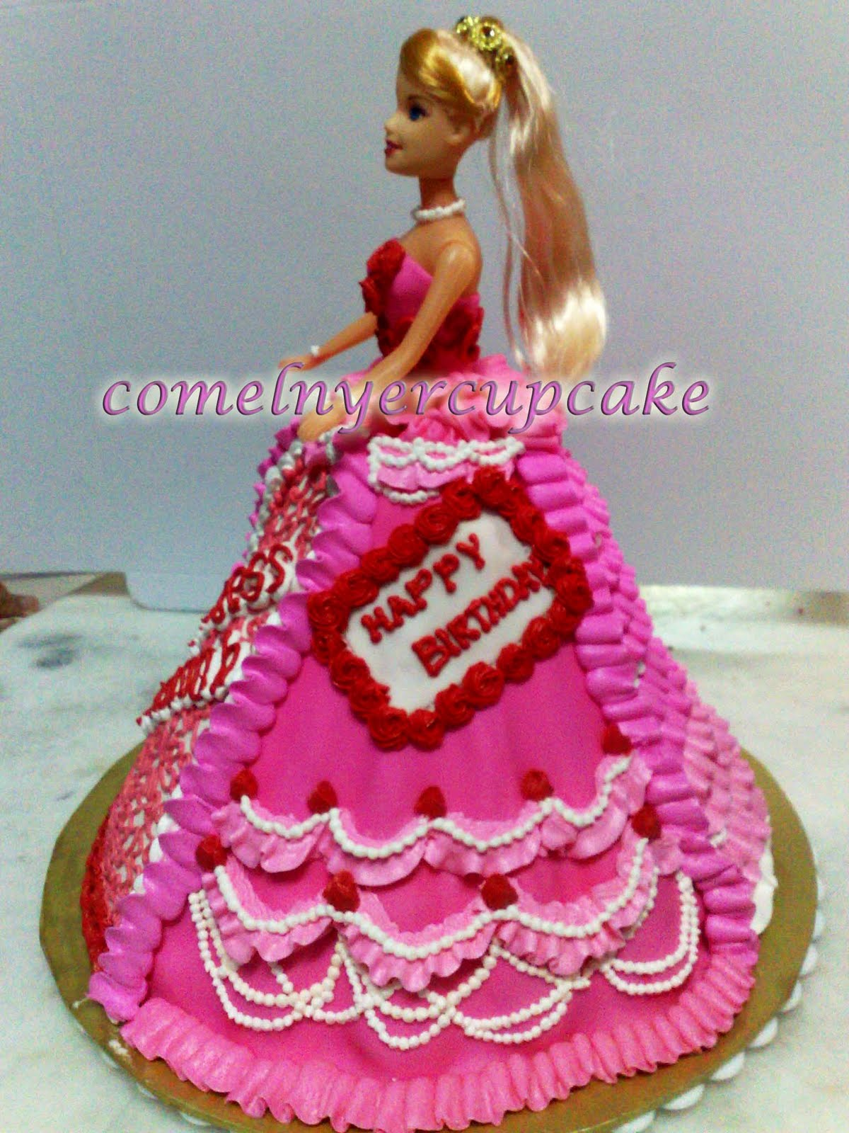 Barbie doll cakes: Princess Hannah