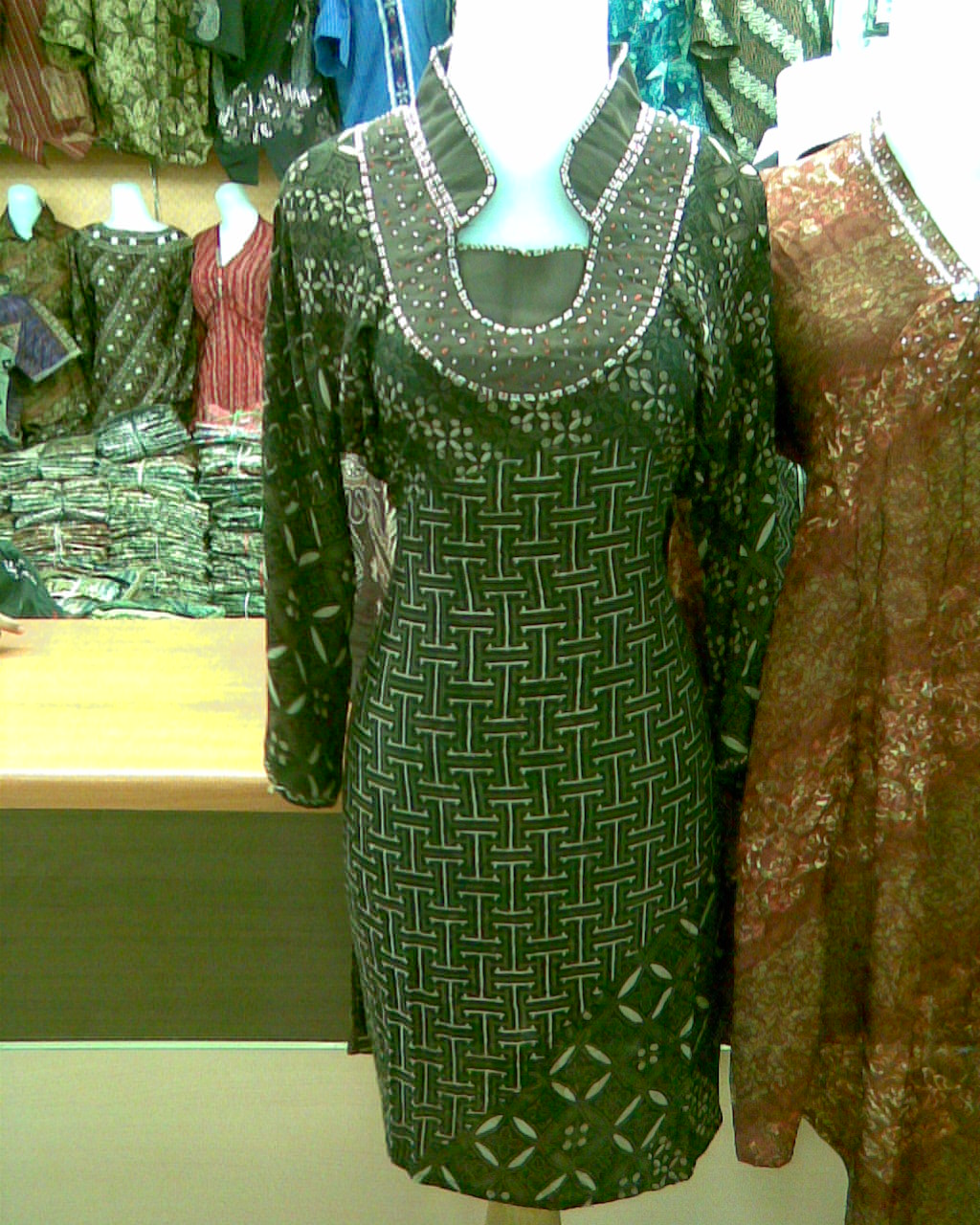 Menjual Batik Yogyakarta Baju Batik Wanita
