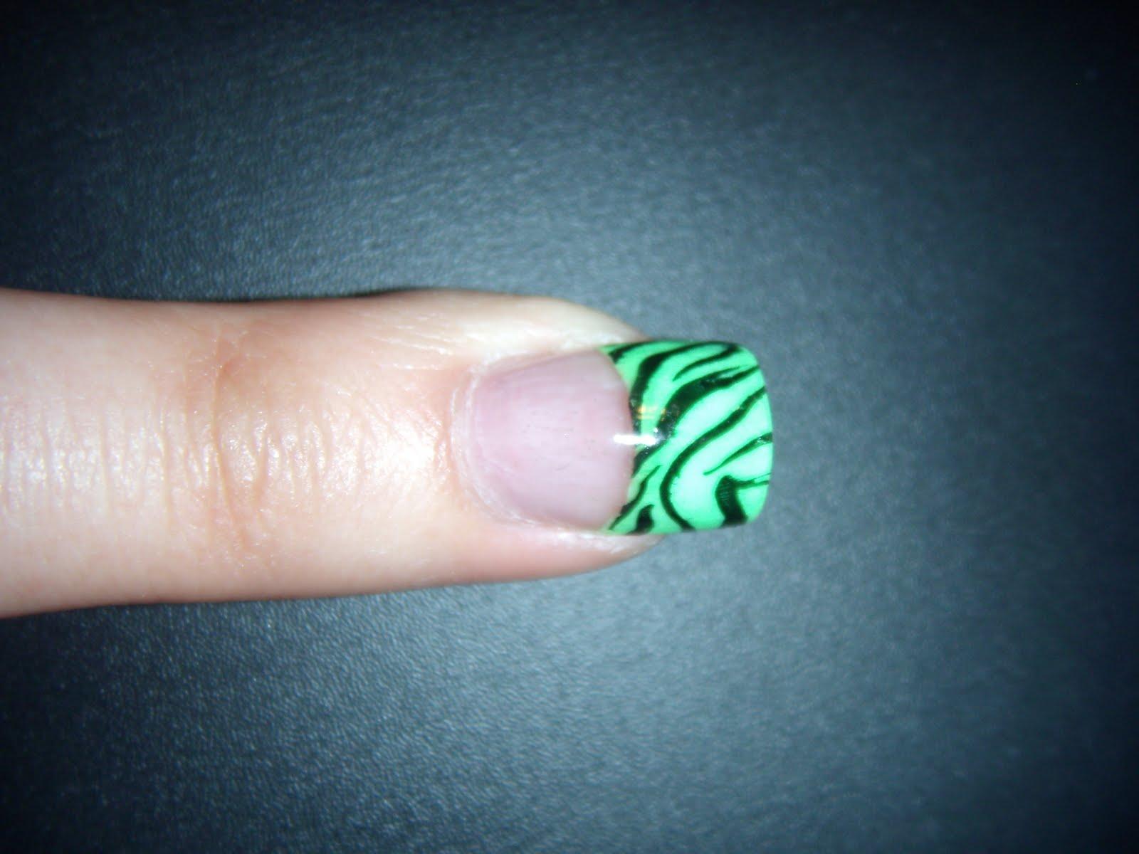 Acrylic Nail Designs - Buzzle Web Portal: Intelligent Life on the Web