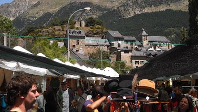 Pirineo Sur. Mercadillo de Sallent de Gállego