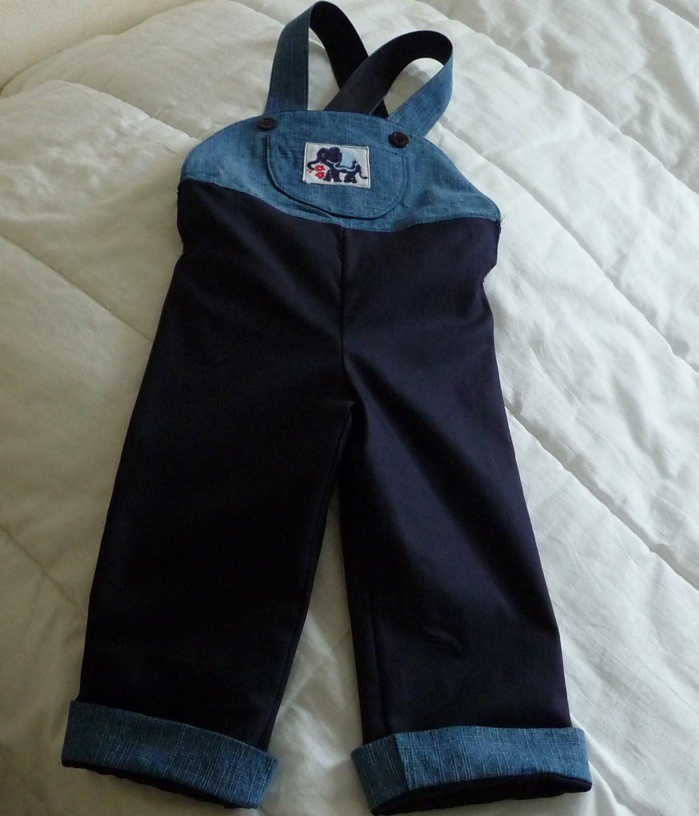 couture loisir pantalons salopettes et combinaison pour. Black Bedroom Furniture Sets. Home Design Ideas