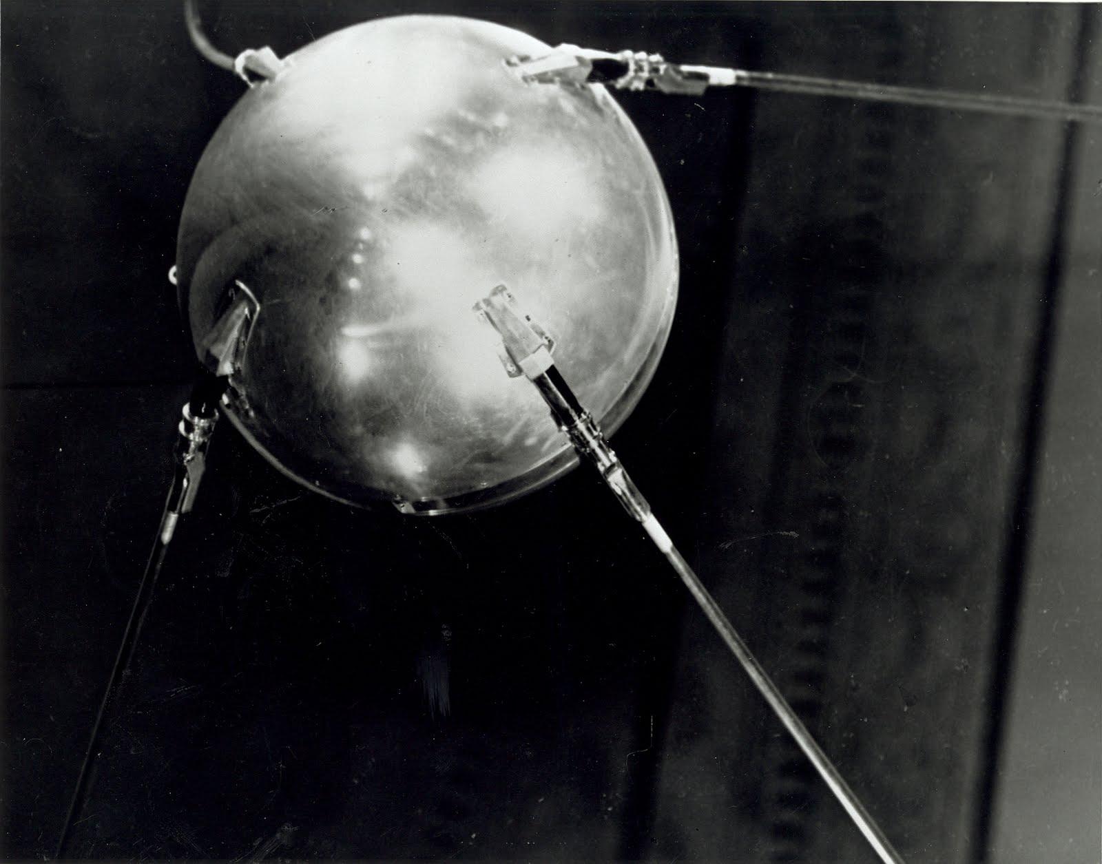 Sputnik; GH-95 F:Impact of Sputnik ...