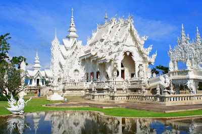 The white temple or Wat Rongkhun