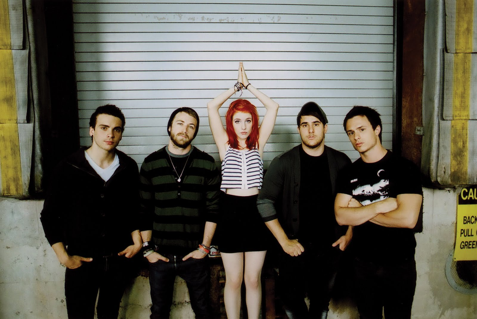 paramore-riot_images