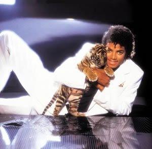 MJ sorrisos Michael-jackson-thriller-2312