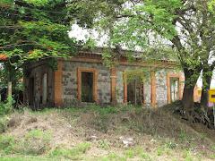 Casilla de Peon Caminero carretera 14 k.m. 60.1, Sector La Tuca, Aibonito, foto Jose Mari Mutt 2009
