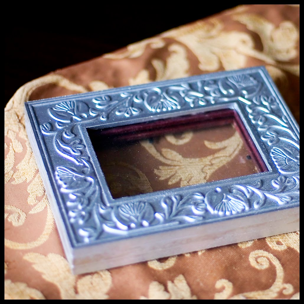 Craftastical tutorial shadow box from regular frames jeuxipadfo Images