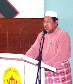 Pengerusi Belia & Imam Masjid Setia Ali , Pekan Muara