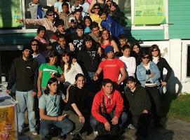Jóvenes comprometidos y solidarios