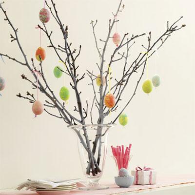 [easter-egg-tree-060411-xl.jpg]