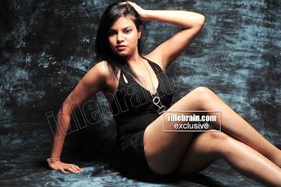 MASALA HOT South Indian Actress Deepali Purohit
