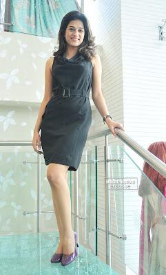 MASALA ACTRESS HOT SHRADDHA DAS Pictures