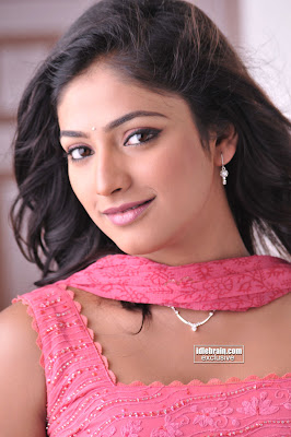 South Hot Indian Masala Beauty HARI PRIYA Cute Photos