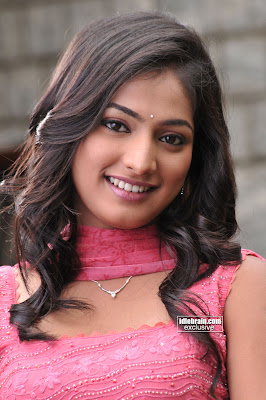 South Hot Indian Masala Beauty HARI PRIYA Cute Photos